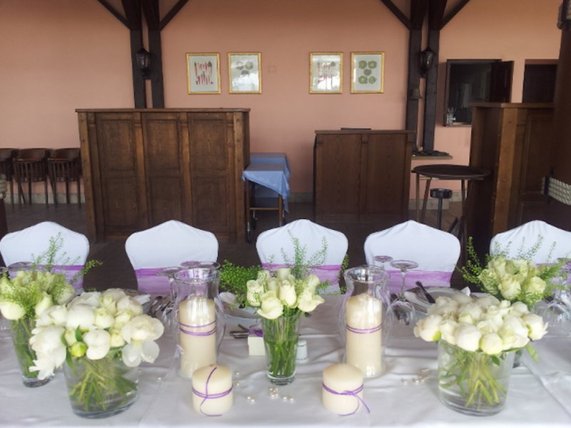 flower decorations for a wedding civil wedding table arrangements annivia gardens in 4161