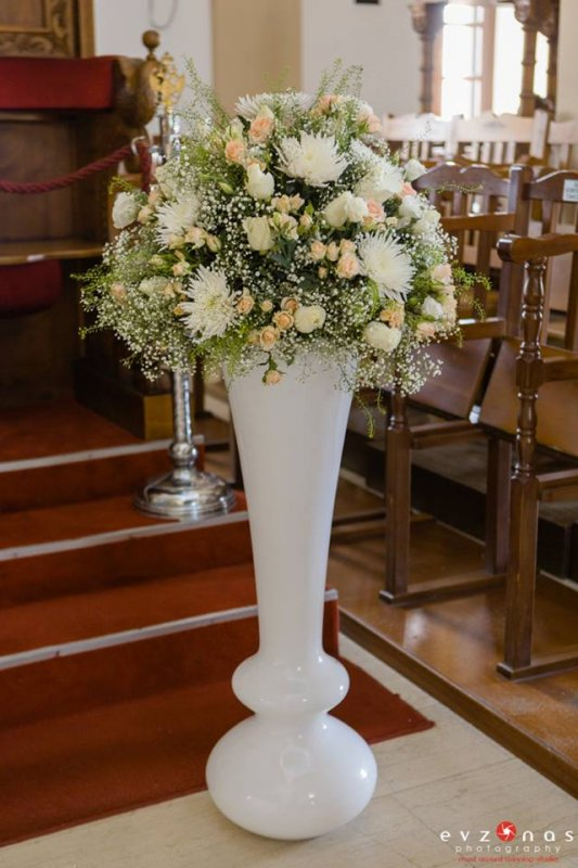 Civil Weddings Pillars Wedding Flowers Annivia Gardens In Paphos